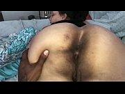 порно старшая подруга пригласила в гости молодых ребят