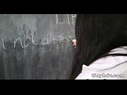 Видео 3 молодых девчонки садятся кисками на лицо парню ру смотреь онлайн