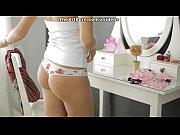 Молодую девку трахают в хопу в первый раз порно видео