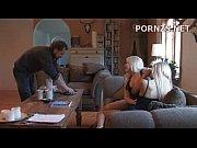 Порно видео писает и какет во время секса