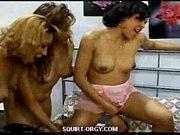 lesbienne squirt gangbang