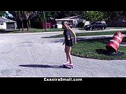 Трахают жену вдвоем видео