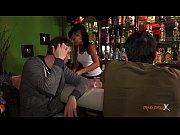Видео девушки переодели парня в девушку