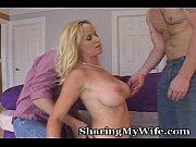 Порно видео инцест мать учит лизать дочь большой клитер