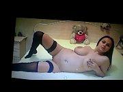 Порно девушка лижет парню ноги