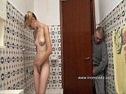 Подглядывание под юбки пожилые