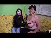 Массаж женщины с большой грудью