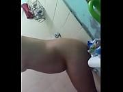 Девушка и фалоэмитатор скрытая камера