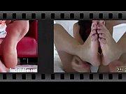 Видео женщина мучает девушку за столом голой