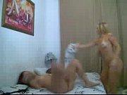 Отличное порно с блондой Кэнди с большим ртом