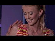 Порно видео жесткий массаж пениса