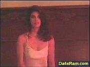 Блондинка снимала на камеру русское порно в котором ее подруга трахалась со своим парнем