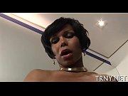 Полногрудая сексапильная голая женщина