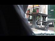 Жена дрочила член незнакомца видео