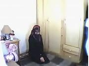 arab dívka se modlí pak masturbuje