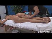 Во время массажа женщина кончает скрытая камера