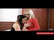 Порно видео в чулках с разрезом