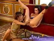 секс видео женщина в сапогах