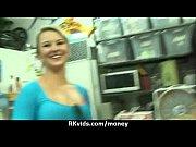 Секс с белокожей девушкой видео