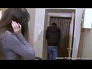 Смотреть онлайн порно ролики пока мать спала ей вдул