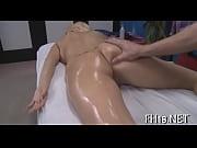 Смотреть порно пацан трахает девку с охуенной жопой в спорт зале