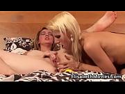 Фото сексуальную девушку трахают во все дыры большим членом