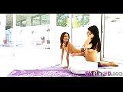 Большие натуральные сиськи молодых телок смотри порно видео онлайн