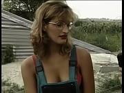 Порно секс в бикини груповухой на пляже