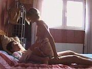 Пьяная русская жена сосёт у мужа