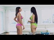 видео секс на ступеньках издевательство над девушкой