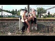 Скрытая камера во дворе бара порно