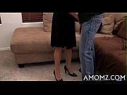 Порно сестра дает только в анал