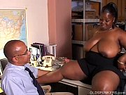 Busty mature black BBW gives a super sloppy blo...