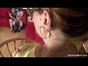 Русскаядевушка снимает себя на видео дома