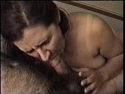 Смотреть инцест ебдя крупных мам