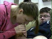 Смотреть мама учит сына трахатся