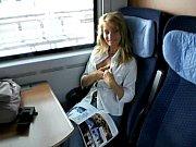 оральний секс в поїзді
