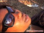 Видео жена взяла в рот перед камерой