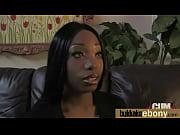 Как мужики трахают резиновых женщин видео