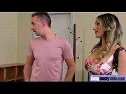 мужик трахает девочку порно видео