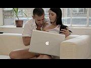 Смотреть порно ролики невесту ебут страпоном