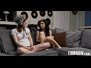 лезбиянки с попками порно ролики