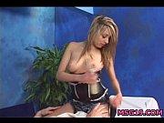 Отличный секс с девушкой с натуральной стоячей грудью