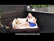 Видео девки едят и лижут сперму