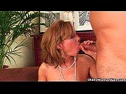 Порно муж делает жене кунилиндус
