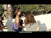 Видео зрелые женщины в чулках трахаются с молодыми