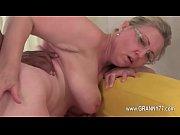 Большие зрелые груди мамаш видео