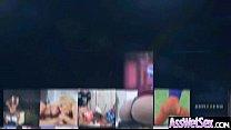 Показать видео как девушки раздеваются на дискотеках
