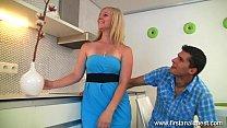 Домашний порно ролик жена изменяет мужу с любовником