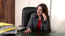 Порно видео мама трусики вид с переди скрытая